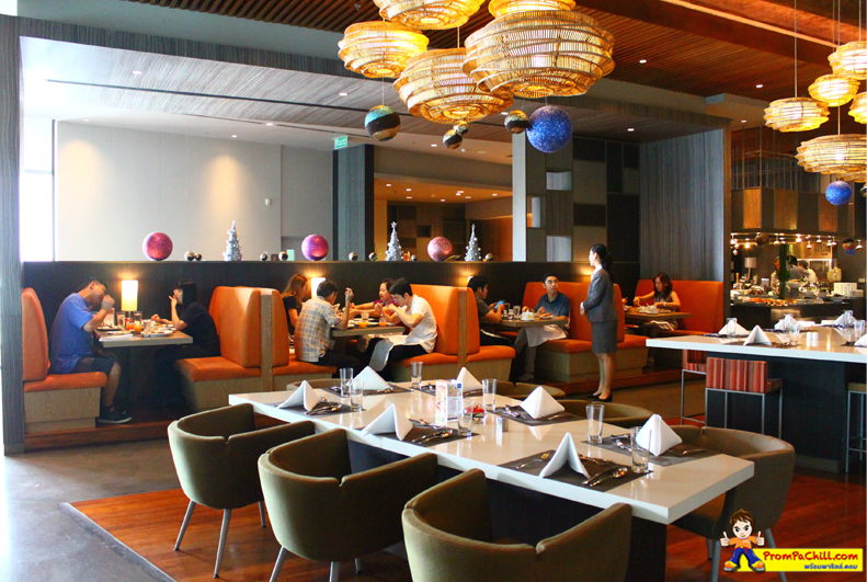 Review ห้องอาหาร The Square Novotel Platinum