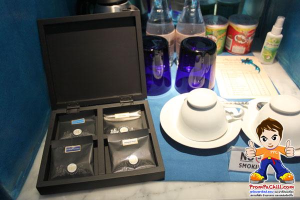เคาน์เตอร์บาร์-เครื่องดื่มกาแฟ ชา ที่ทางโณงแรมเตรียมไว้ให้