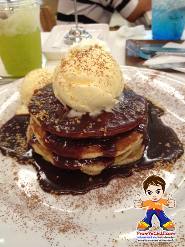 pancake cafe,nutella pancake