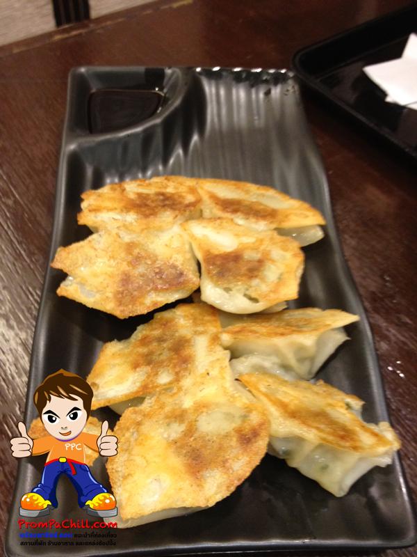 Grilled Gyoza เกี๊ยวซ่าสไตล์ญี่ปุ่น แบบกรอบด้านเดียว  ^ ^